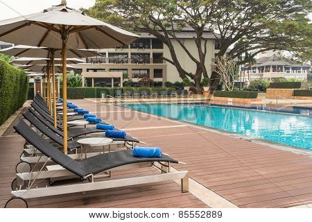 Daybeds By Swimming Pool