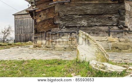 Split Tombstone