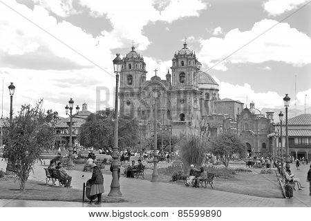 Iglesia La Compana de Jesus (Jesuit Church)