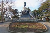 foto of hitler  - Monument to war of 1854 in Sevastopol a monument to general Totleben - JPG