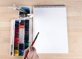 picture of paint pot  - Beautiful composition of watercolor paints - JPG