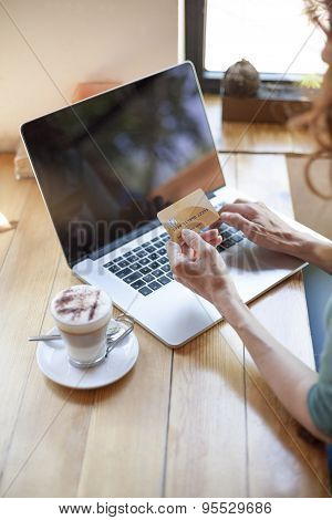 Paying With Credit Card In Internet