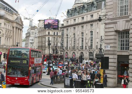 Piccadilly Circus, London England