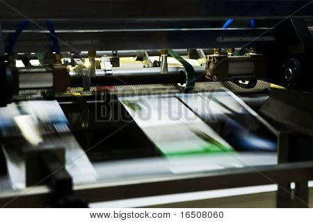 Poly-graphic process in a modern printing house