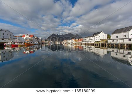 HENNINGSVAER, LOFOTEN/NORWAY - SEPTEMBER 05: Sailing ships on September 05, 2016 in the port of Hennigsvaer, Norway