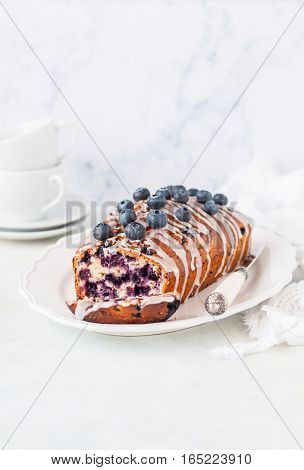 Blueberry And Oat Loaf Cake