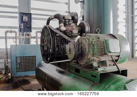 The Motor and Pulley on air compressor
