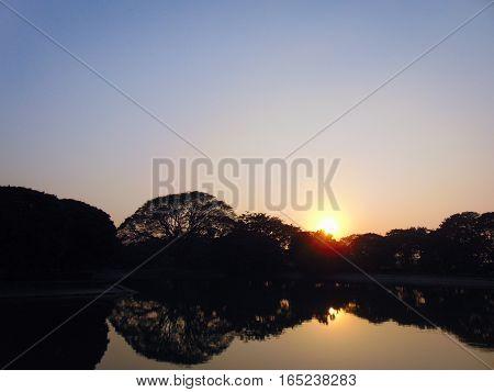 beautiful sunset photo at Victoria Memorial garden Kolkata India