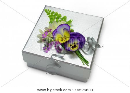 Silver Textured Gift Box with Spring Flower Posy, isolated on white