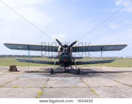 Plane An-2