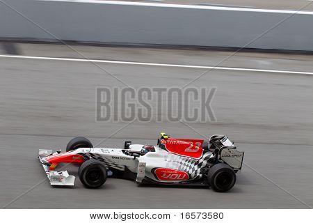 Vitantonio Liuzzi on a high speed straight