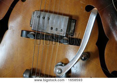 Guitar Wheelie Bar