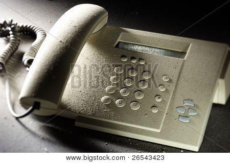 staubigen Telefon