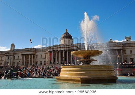 Trafalgar square in a clear day
