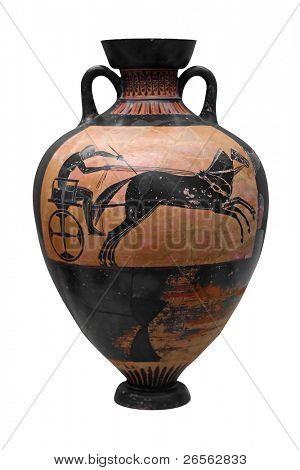 Antiguo jarrón griego que representa un carro aislado en blanco