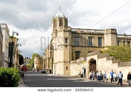 OXFORD,UK-MAY 3:Urban view adjacent to Christ Church college May 3,2011 in Oxford.Established in 1546, Christ Church is one of the largest constituent colleges of the University of Oxford