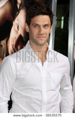 LOS ANGELES - SEP 4:  Justin Bartha arrives at