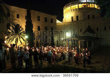 NAZARETH , ISRAEL-SEPTEMBER 30:Every Friday procession goes through the streets of Nazareth, from the Church of St. Joseph to the Basilica of the Annunciation, Nazareth, Israel on September 30, 2006.