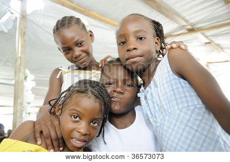 Crianças haitianas.