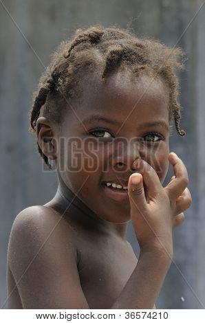 Uma criança haitiana.