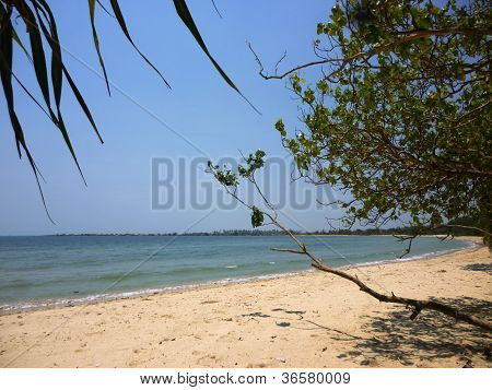 pailus beach scenery