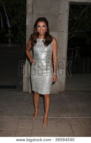 LOS ANGELES - JUL 24:  Eva Longoria Parker arrives at  the 12th Annual HollyRod Foundation DesignCare Event at Ron Burkle's Green Acres Estate on July24, 2010 in Beverly Hills, CA ....