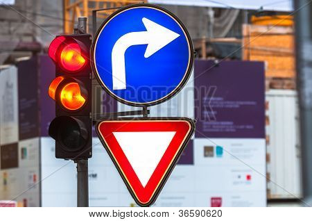 Traffic Signs And Lamp