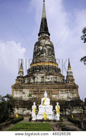AYUTTHAYA - MARCH 2:  Wat Yai Chai Mongkhol Temple Of Ayuthaya Province Thailand