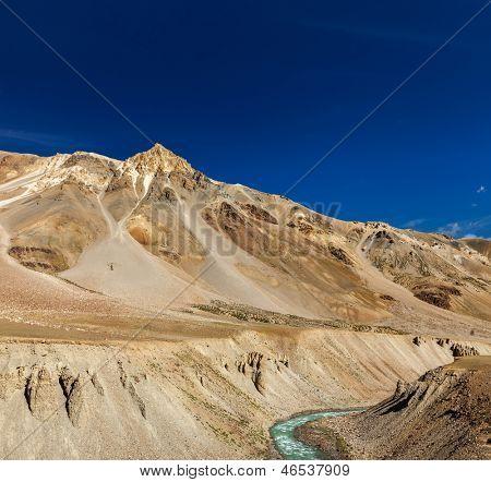 Himalayan landscape in Hiamalayas near Baralacha La pass. Himachal Pradesh, India