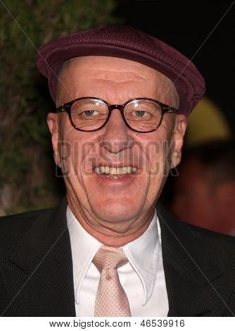 LOS ANGELES - FEB 7:  GEOFFREY RUSH arrives to the 83rd Academy Awards Nominees Luncheon  on Feb 7, 2011 in Beverly Hills, CA