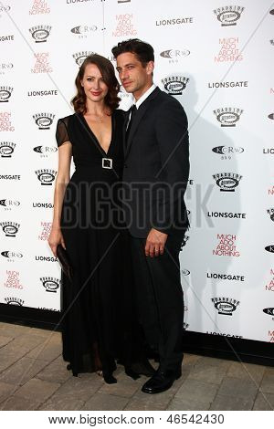 LOS ANGELES - JUN 5:  Amy Acker, James Carpinello arrives at the