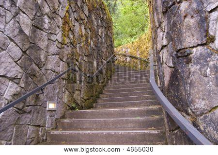 Escadaria de pedra