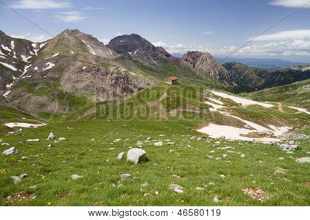 Vardousia Mountain High Altitudes