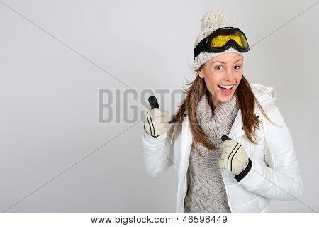 Skifahrer Frau showing Thumbs up