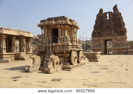 Stone chariot at Vittala temple - one of the highlight of the Hampi temple complex in India