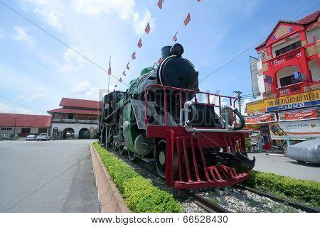 Old steam locomotive no.728