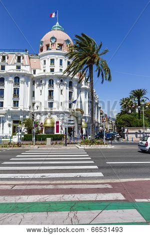 The Hotel Negresco And Pedestrian Crossing