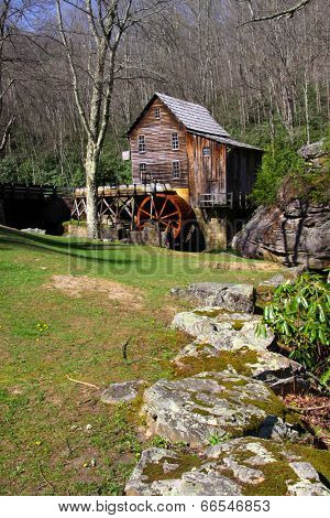 Grist glade creek mill in West Virginia