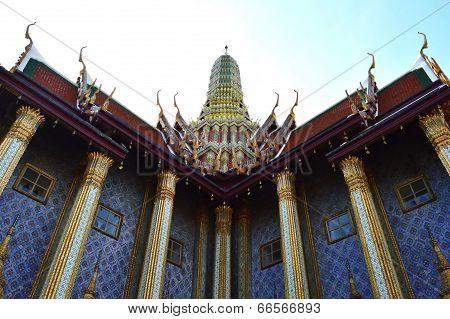 Prasat Phra Thep Bidon, Wat Phra Kaew, Thailand