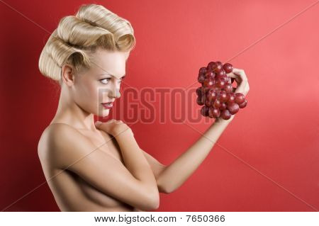 The Blond With Grape