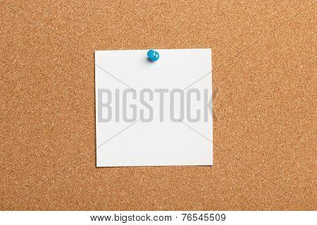 Note paper on cork board