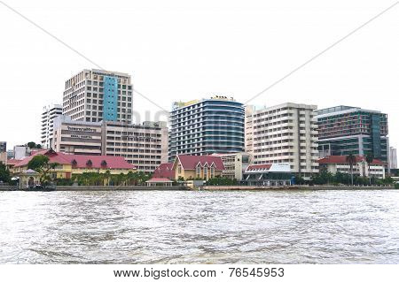 Siriraj Hospital At The Chao Praya River In Bangkok Thailand