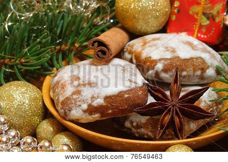 Gingerbread And Star Anise