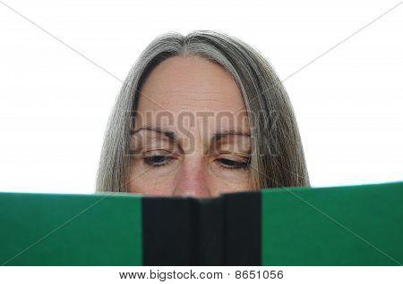 Libro de lectura de la mujer