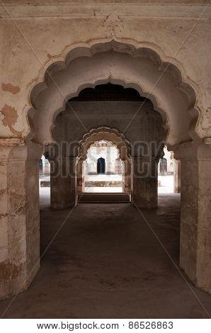 Arch Of Raj Mahal Palace In Orchha
