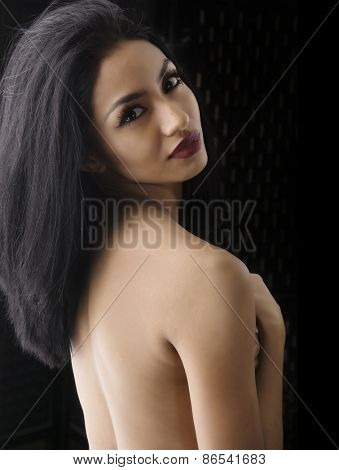 Beauty fashion portrait of exotic woman