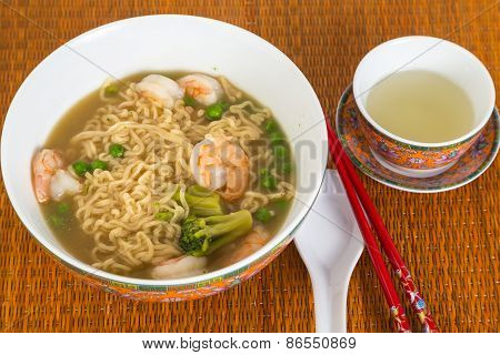 Chinese Noodle Soup With Shrimp