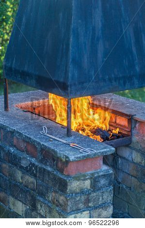 Garden Fireplace And Barbecue