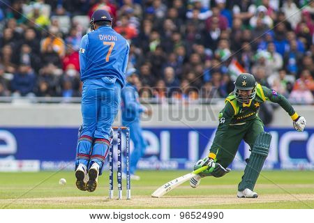 EDGBASTON, ENGLAND - June 15 2013:  during the ICC Champions Trophy cricket match between India and Pakistan at Edgbaston Cricket Ground.