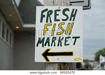 Sign For A Fresh Fish Market
